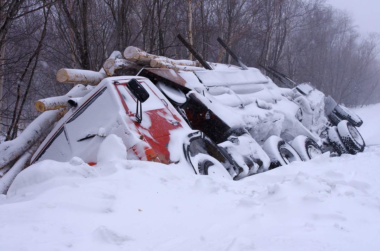 Atak zimy. Śnieg i gołoledź