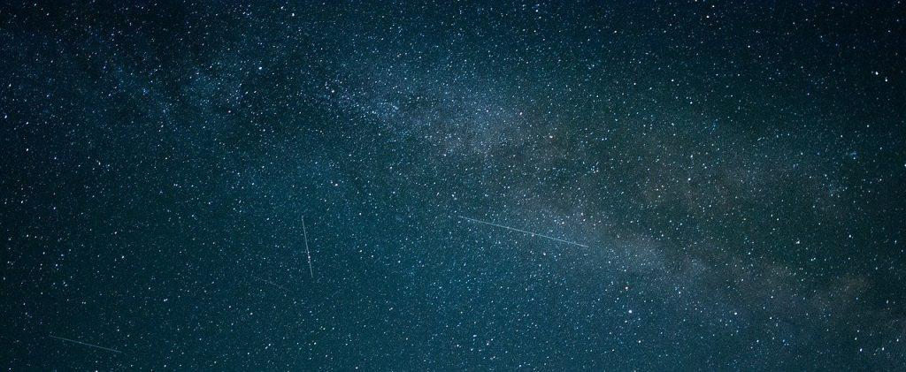 noc meteorytów