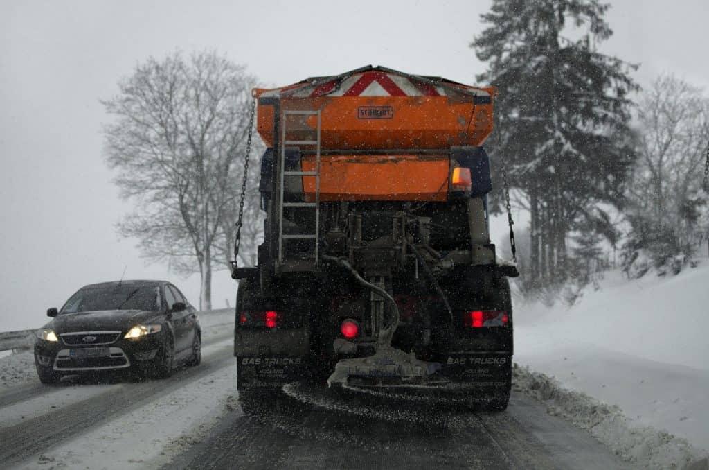 Atak zimy. Śnieżyce i gołoledź w Polsce