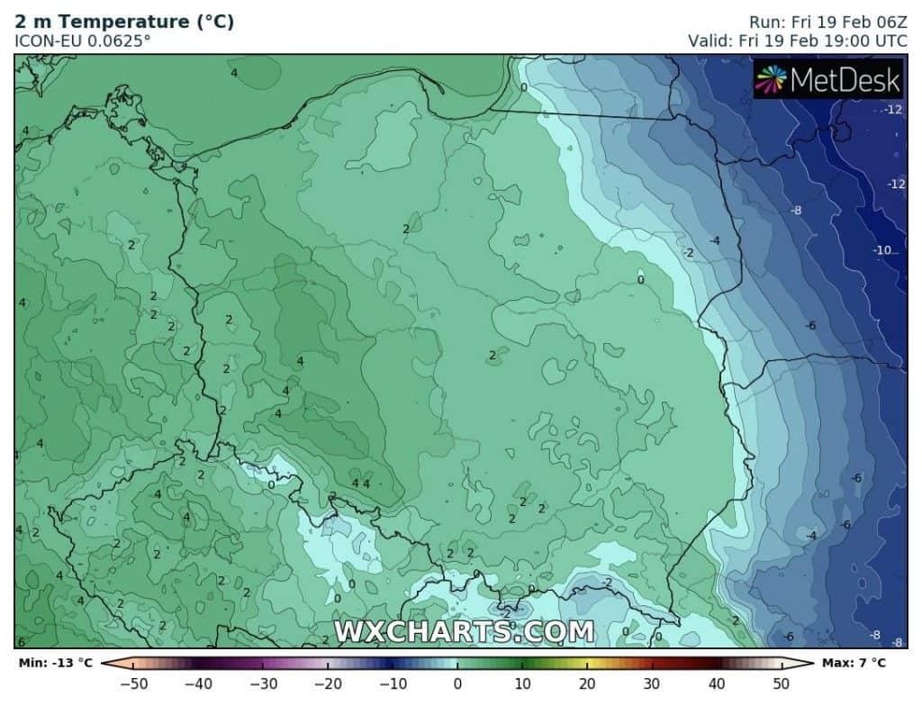 Ciepły wieczór w piątek 19.02 w Polsce