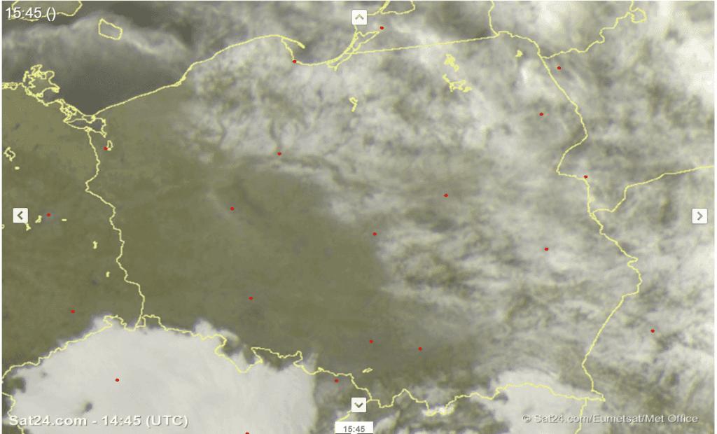 Niewiele chmur w niedzielę na obszarze Polski.
