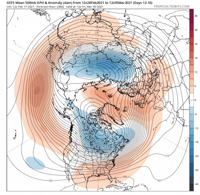 Grzbiet klina wyżowego widoczny w środkowej troposferze
